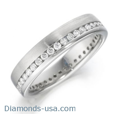 0.94 carats 6mm eternity court wedding band