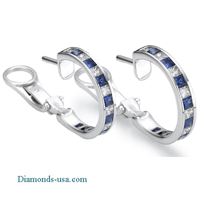 3.10 carats Princess diamonds and Blue sapphires hoop earring studs