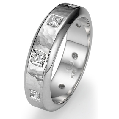 Hammered finish wedding band with 0.40 carats princess diamonds